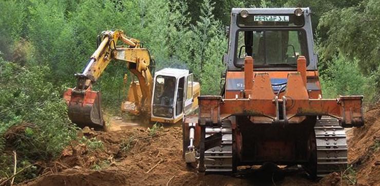 fertaf-excavadora-oruga-740x363